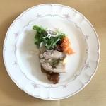 ビストロ でぐち - 料理写真:チキンと西洋ねぎのテリーヌ