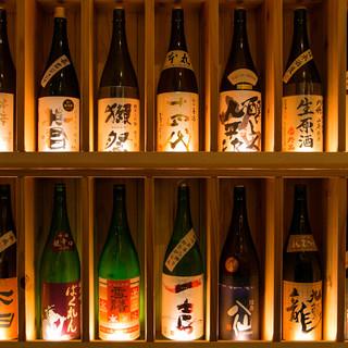 和食に合う店主厳選の日本酒を常時30種以上揃えてあります。