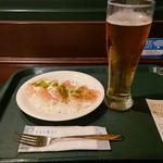 114374524 - ビール463円 生ハムとチーズ390円