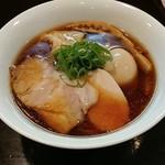 114375099 - 醤油特製らぁ麺です