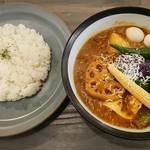 114385782 - 柚子ザンギとチーズ野菜カリー 1,296円 ココナッツスープ +64円 0番辛みなし/ライス普通盛