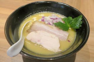 うえ原 - 白湯鶏そば750円
