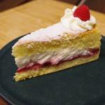 ローズベーカリー - ヴィクトリアケーキ
