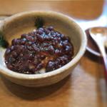蕎や 月心 - そばがきぜんざい。北海道の小豆で作ったつぶあん。そばがきはアツアツ。