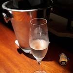Dining Bar gravitas -