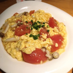 龍苑 - トマトと卵炒め