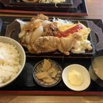 餃子酒場 神田今川橋いち五郎 - 焼肉&オムレツ&唐揚定食930円