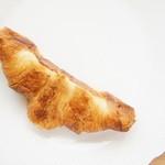ベッカライ ダンケ - クロワッサン