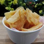 カルビープラス - 揚げたてポテトチップス しおバター味 うす切り
