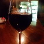 一番町 開国屋 - 1杯めの赤