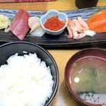 小樽ポセイ丼 - 刺身定食