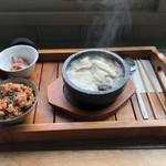 藤野倶楽部 百笑の台所 - サムゲタン1,400円也