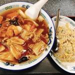 満里 - 辛口五目ラーメン&半チャーハン