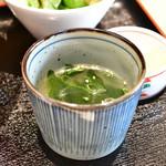 とりまる - 【奥久慈卵の親子丼@税込950円】スープ