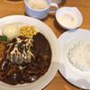 ハンバーグ大地 - 料理写真:牛すじ入りデミグラスハンバーグランチ@1,200円