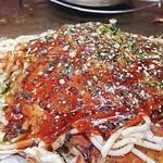 元祖八昌 - 料理写真:肉玉うどん