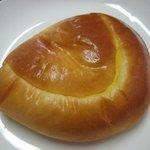 1145921 - MON AMOUR KOBE〜「おいしい」と「かわいい」を神戸で。-ベッカーブルシュクリームパン