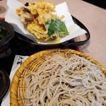 大富そば - 料理写真: