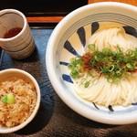 江戸堀 木田 讃岐うどん - 料理写真:生醤油うどん&かやくご飯
