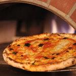 ピザレボ - 窯焼き