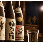 相撲茶屋 寺尾 - 各種日本酒・焼酎がズラリ…。至福のひと時を…。