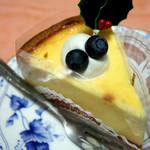 パティスリー ジュー ドゥ ミュゲ - ベイクドチーズ 357円