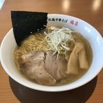 地鶏中華そば 鶏喜 - 料理写真:中華そば(しお)