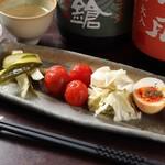 酒好房 かえでの杜 - 和の究極玉子と季節野菜のピクルス