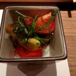 黒門町焼き鳥 たがみ - 野菜のマリネかな?