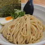 114537887 - 「つけ麺(200g)」の麺