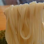 114537893 - 「つけ麺(200g)」の麺のアップ