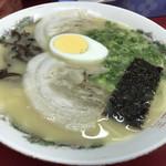 久留米屋ラーメン - 料理写真: