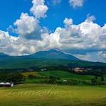 114544109 - 牧場から見える高千穂峰