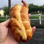 サフラン - 料理写真:ウィンナーロール160円