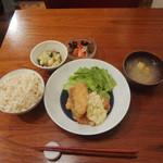 11456877 - Aランチ鮭フライ豆腐タルタルソース添え(ドリンク・デザート付)1,000円