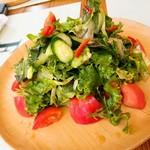 ラ トラットリア エストルト - 12種農場野菜サラダBIG