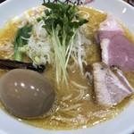 竹末東京Premium - 料理写真:鶏そば、味玉