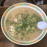 114567960 - ラーメン@600麺はカタ