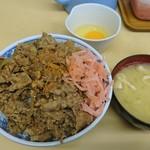 牛丼専門サンボ - 牛丼(大盛)+味噌汁・玉子  ¥750-