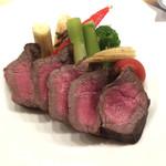 114585936 - 「和牛赤身ステーキ」1200円