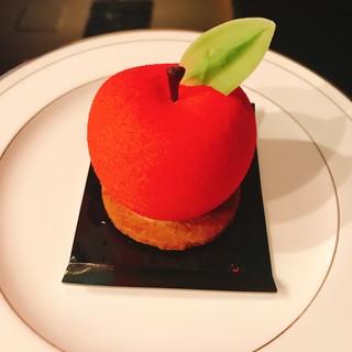 Angelique - 料理写真:弘前りんご
