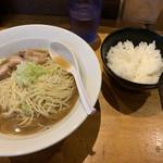 Jikaseimenitou - 肉そば大950円 白飯小100円