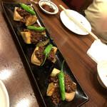旬魚と個室 和食りん  - 免品:茄子と京麩の田楽 肉みそは味が濃いめ。揚げてある茄子がトロッと。 今日麩がモチっと。しし唐が辛い!当たりでした。