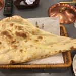 インド・ネパールレストラン&バー SAGUN -