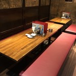 博多餃子舎603 - ゆったり座れます