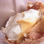 菓子工房 あん - 濃厚でふわふわ感のクリーム