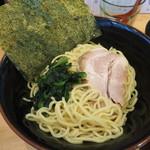 横浜ラーメン 北村家 - 麺と具