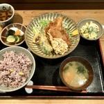 美松 - アジと白魚のフライ定食 雑穀米ごはん(ハーフ)