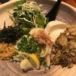 うどん匠人 岡本 - 「自家製豆腐と舞茸天のぶっかけうどん」1,000円