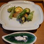 114636560 - 季節野菜の天ぷら